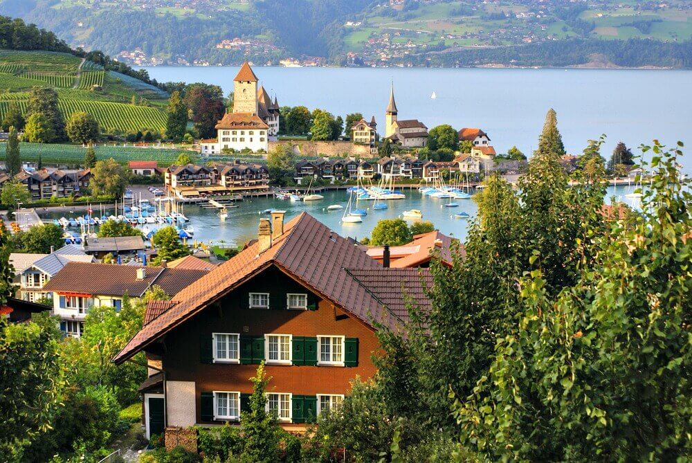 #Spiez #Switzerland #village