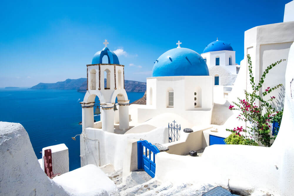 Best Things To Do In Santorini - Valentine's Day Special!