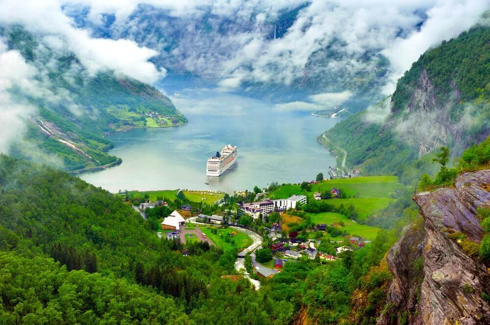 #Geiranger #Norway #smalltowns