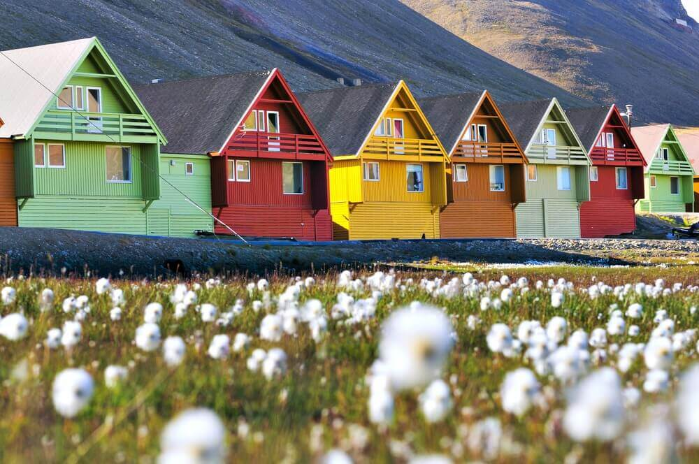 #Longyearbyen #Norway #village #smalltowns