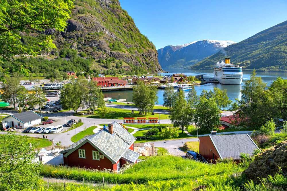 #flam #norway #fjord #village