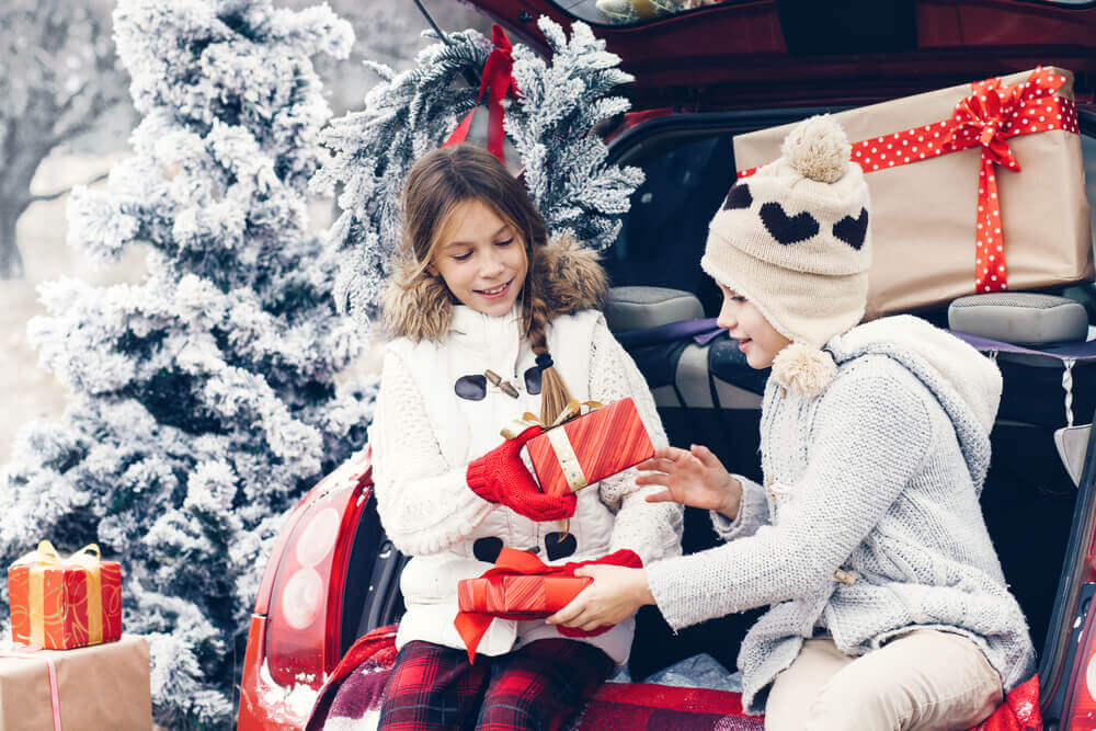 Surviving Christmas Traveling With Kids!
