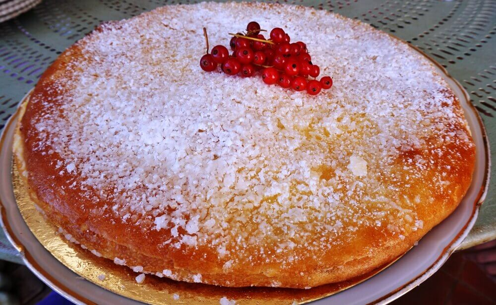 Tarte Tropezienne, a specialty cake on the Cote d'Azur in France
