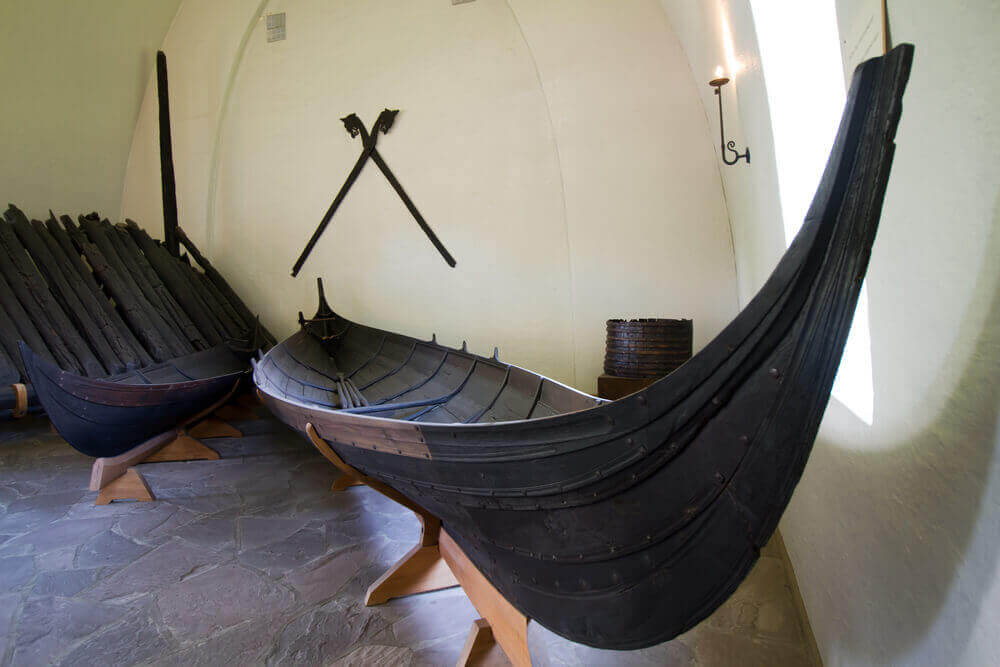 viking boat - viking tour