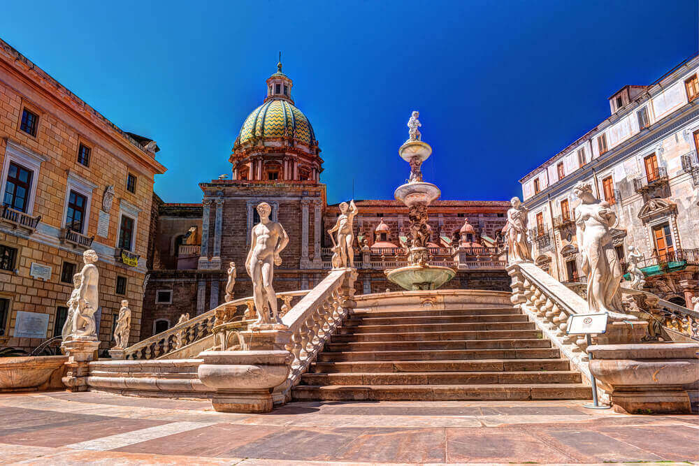 Famous fountain of shame (Fontana Pretoria) on baroque Piazza Pretoria, Palermo, Sicily, Italy. Italy in September