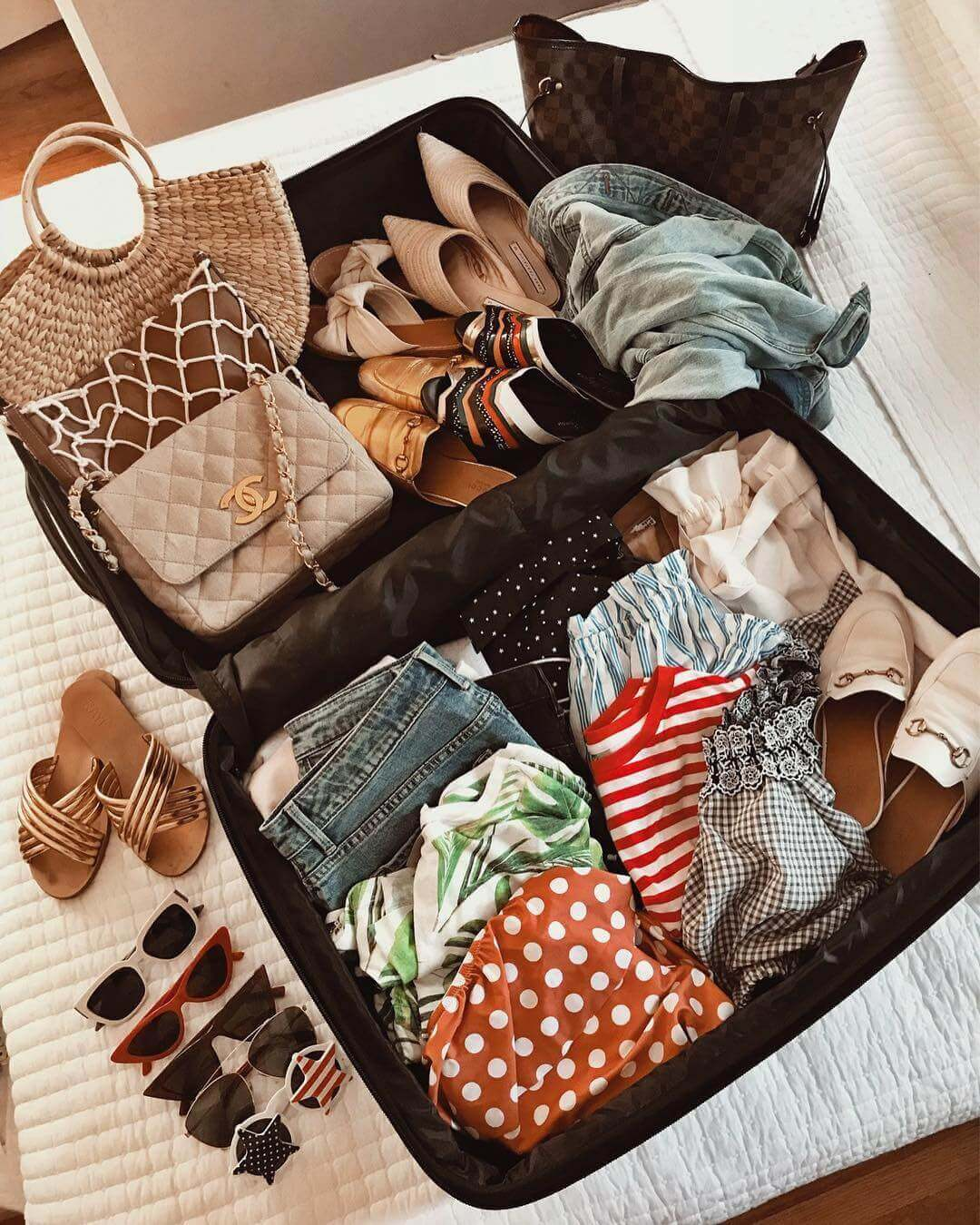 The Art of Packing Light for your upcoming trip to Europe!